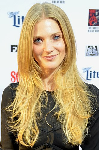Winter Ave Zoli - Zoli at the Sons of Anarchy FX Premiere in September 2014