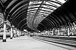 File:York Train Station (12646815833).jpg