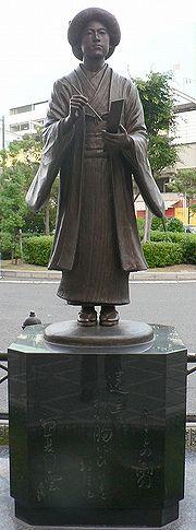 南海本線堺駅前の銅像
