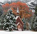 Yosemite Chapel (8279318348).jpg