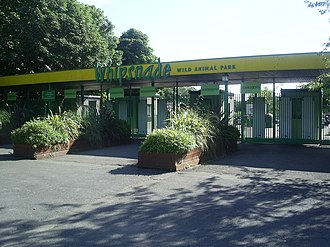 Whipsnade Zoo - Former main entrance to Whipsnade Zoo, closed in 2015
