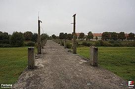 Zasieki, Zasieki - kładka dla pieszych - fotopolska.eu (84712).jpg