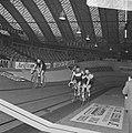 Zesdaagse wielrennen RAI Amsterdam, tweede dag. Koppel Post-Deloof in aktie, Bestanddeelnr 923-0701.jpg