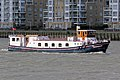 'The Edwardian' charter boat at Greenwich, London 02.jpg
