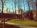 Казанский храм с Воскресенским Собором, вид со стороны Новодевичьего кладбища.jpg