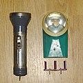 Советские электрические фонари плоский за 1р20к с вкладышем и круглый за 1р37к.jpg