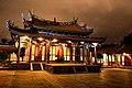 夜裡的臺北孔子廟更顯氣派莊嚴.jpg