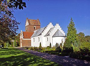 Auning - Image: 08 10 07 h 1 Auning 2 kirke (Norddjurs)