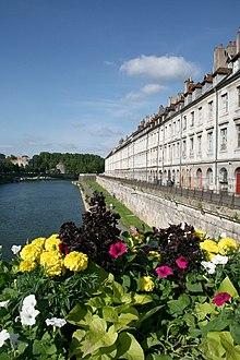 Il fiume Doubs e il Quai Vauban.