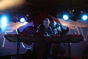 Earthcore - Image: 1200 mics (Raja Ram & Chicago)