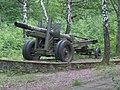 122 mm kanón v Skároši.jpg