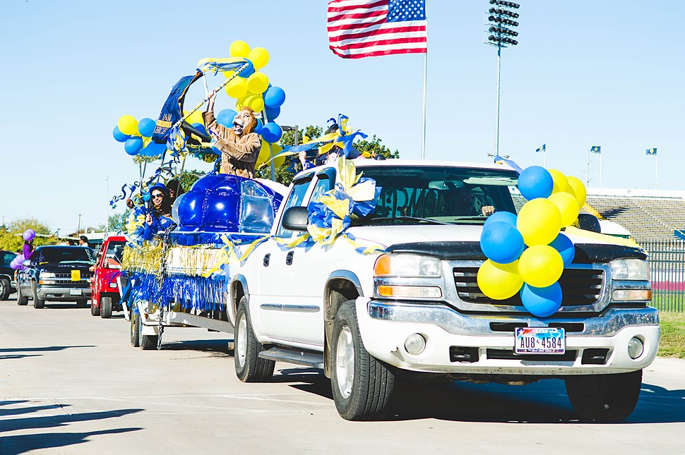 13399-Homecoming Tailgate and Game-1839 (10714677125)