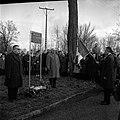14.02.65 Inauguration rue Latécoère avec la famille, M. Maziol et Didier Daurat (1965) - 53Fi2246.jpg