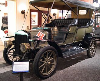 Steam car - White touring car (1909)