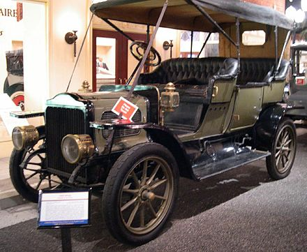 White touring car (1909) - Steam car