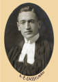 1915 Osgoode Hall Law School class photo of Arza Clair Casselman.png
