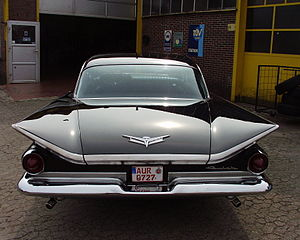 Buick Electra - Delta Fins on a 1959 Buick Electra 225 4-door 6-window Riviera hardtop