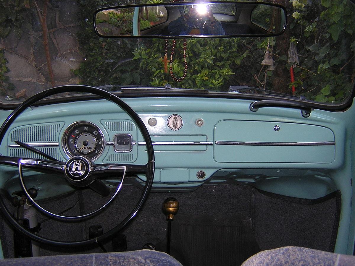 File:1969 Mexican Volkswagen Beetle Dashboard.jpg - Wikimedia CommonsWikimedia Commons