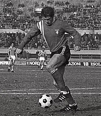 1970–71 Inter-Cities Fairs Cup - Juventus v Twente - Willem de Vries (cropped).jpg