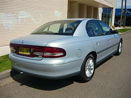 2000 Holden Commodore (VT II) Olympic Edition sedan (5054101844).jpg
