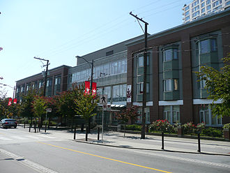 Chinese Canadians in Greater Vancouver - The SUCCESS Simon K.Y. Lee Seniors Care Home in Chinatown, Vancouver