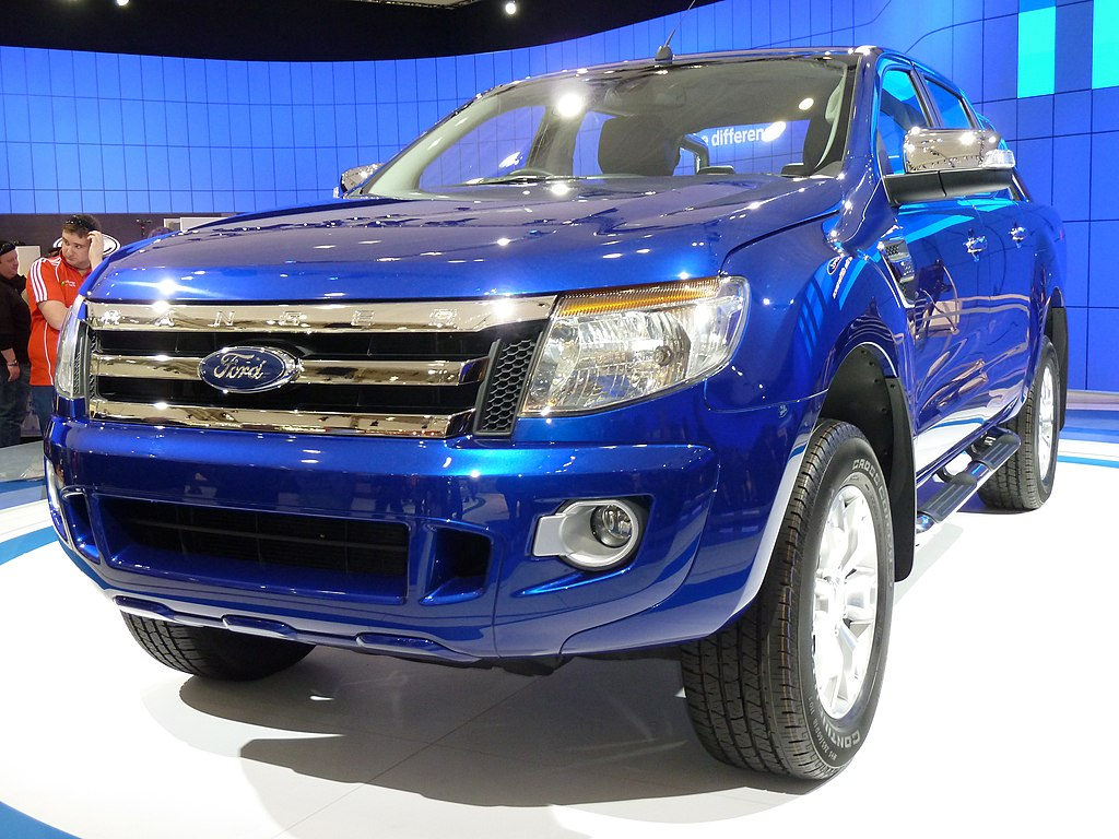 file 2010 ford ranger t6 4 door utility prototype 2010 10 16 wikimedia commons. Black Bedroom Furniture Sets. Home Design Ideas