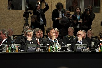 2010 Lisbon summit - (from left to right) Prime Minister of Luxembourg Jean-Claude Juncker, Prime Minister of the Netherlands Mark Rutte, and Rutte's foreign minister Uri Rosenthal.