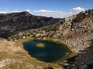 Island Lake (Nevada) - Image: 2013 09 16 15 11 01 View east southeast across Island Lake, Nevada from the ledge to the west