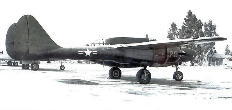 P-61 B Black Widow Hobby Boss 800px-318th_FIghter_Squadron_Northrop_P-61B-20-NO_Black_Widow_43-8279