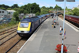 Par railway station - An InterCity 125 arrives into Par with a summer Sunday service from London Paddington to Newquay.