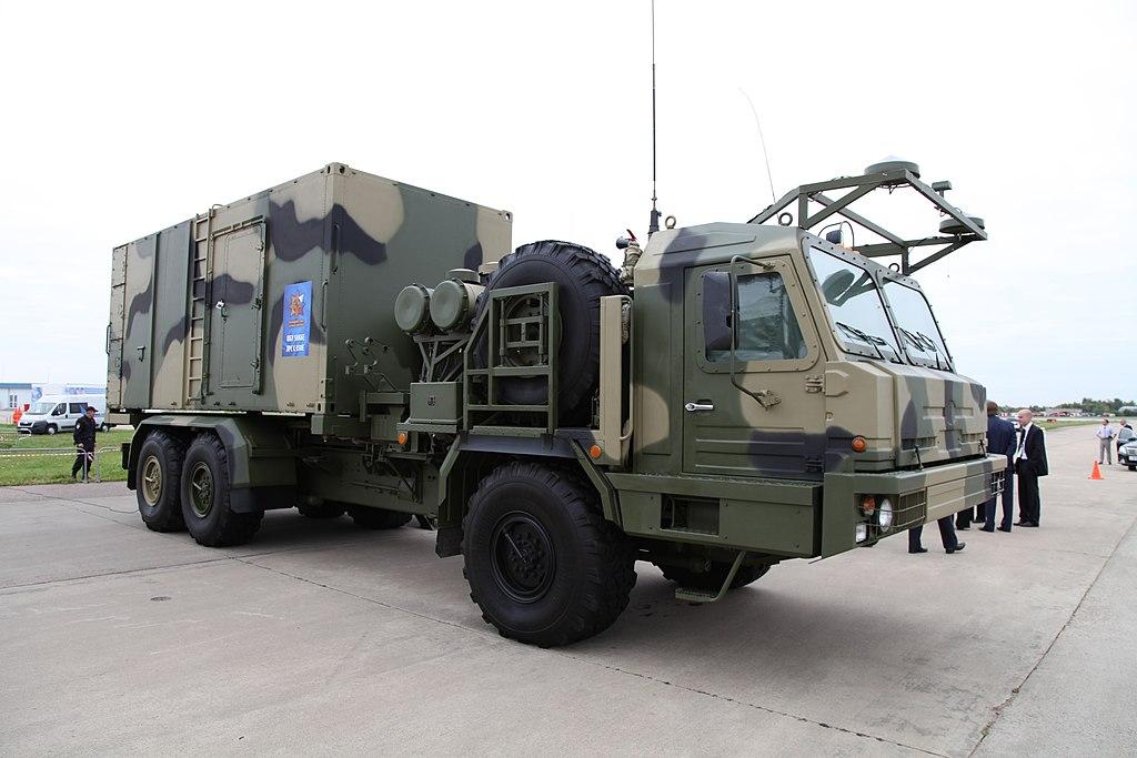 العام القادم : روسيا ستعرض منظومات S-350E Vityaz للتصدير  1024px-50P6E_-_MAKS2013firstpix03