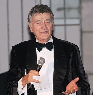 2015 in the United Kingdom - Barrie Ingham (1932–2015) in 2011