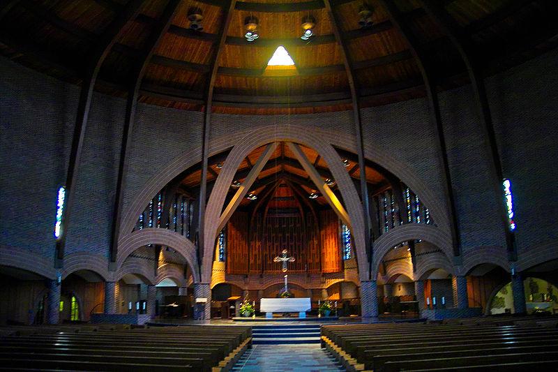Abbey inside shot2.jpg