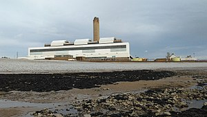 Aberthaw B Power Station from the foreshore, Oct 2017.jpg