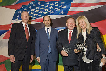 English: American billionaire Sheldon Adelson ...