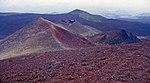 Aetna-148-Kraterlandschaft-Blick abwaerts-1986-gje.jpg