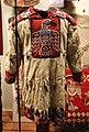 Alaska, haida, cappotto di comandante, con pelliccia d'ermellino e ricamo di corvo.jpg