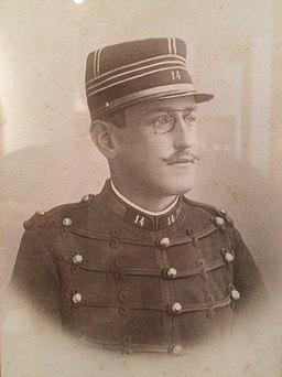 Alfred Dreyfus en uniforme, photographié par Aron Gerschel en 1890 - Musée d