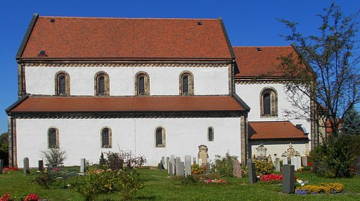 Alte Nikolai-Kirche auf dem Friedhof Dippoliswalde