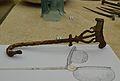 Ansa llarga de bronze d'un infundíbula, Museu Soler Blasco de Xàbia.JPG