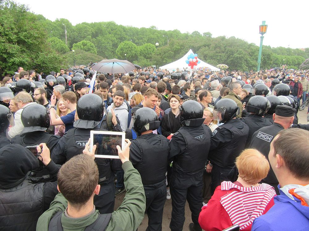 Anti-Corruption Rally in Saint Petersburg (2017-06-12) 28.jpg