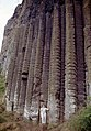 Antrim-Giant's Causeway-22-hohe Saeulen-1989-gje.jpg