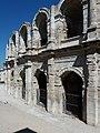 Arènes d'Arles - Arches vues de l'extérieur (5).jpg