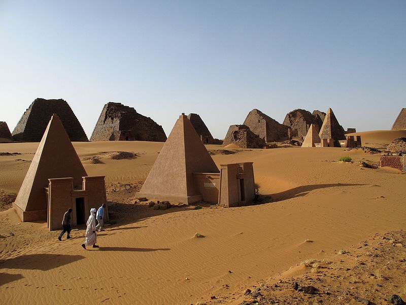 800px-archaeological_sites_of_the_island_of_meroe-114975