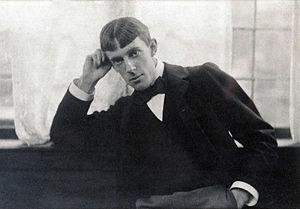 Aubrey Beardsley - Portrait of Beardsley by Frederick Hollyer, 1893