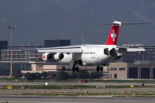 BAe 146 Avro RJ Swiss HB-IYQ (5084524152)