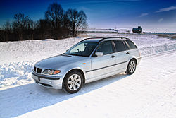 BMW E46 Touring winter.jpg