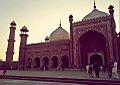 Badshahi Masjid(left view).jpg