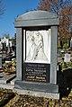 Banská Bystrica - evanjelický cintorín - náhrobok J. Ťavodu.jpg