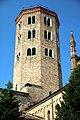Basilica di Sant'Antonino (Piacenza), campanile 02.jpg